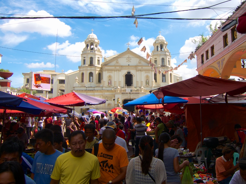 A Visit Of The Quiapo Market In Manila 15 Degrees East