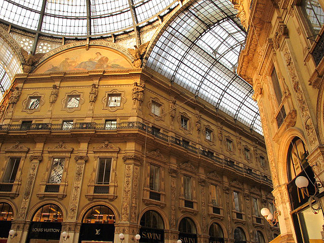 Galleria Vittorio Emmanuele II in Milan
