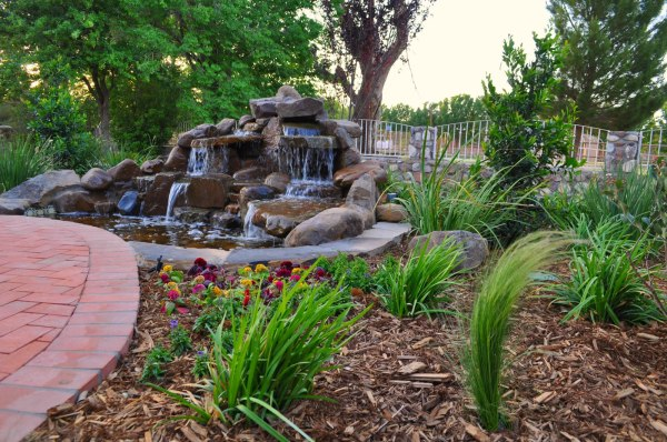 landscaping specialists in el paso