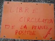 Acción en Rennes. Traducción: Libre circulación del pensamiento positivo