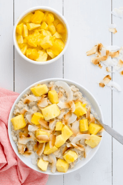 Oatmeal Recipes: Tropical Oatmeal with Coconut and Mango