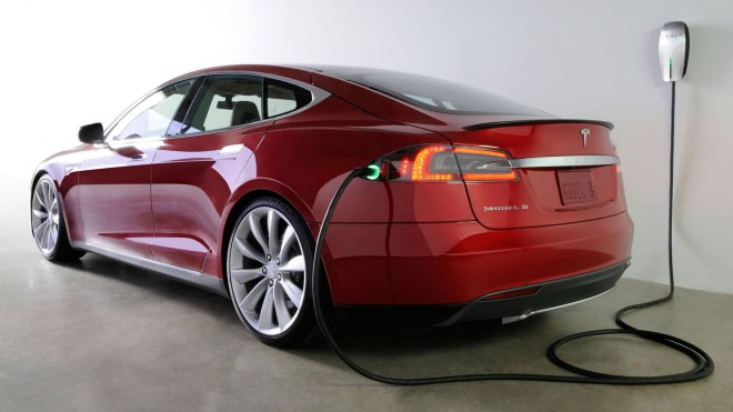 Tesla model-s 15marches