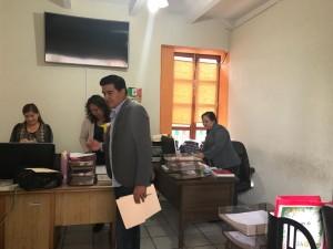 EL LIC. Oscar Pérez Verdeja. integrante del comité de recepción para el Ayuntamiento 2018-2021 de Villa de Reyes, solo ha tenido como respuesta, evasivas y ausentismo del actual alcalde y secretario general.