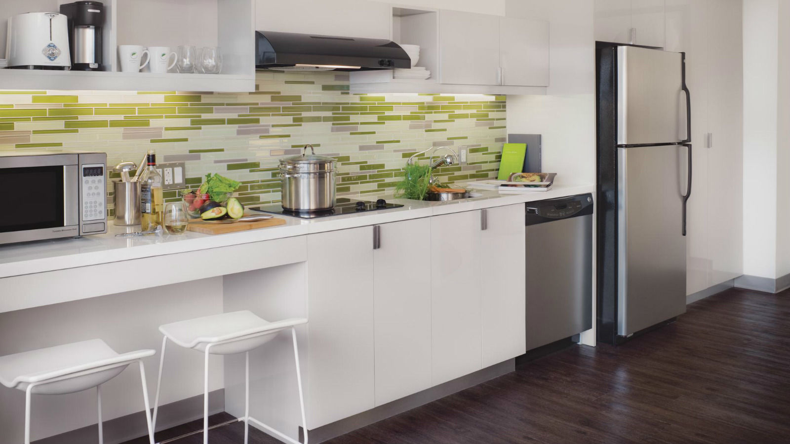 hotels in miami with kitchen small white island hotel features element omaha midtown crossing