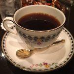 池袋駅徒歩5分×古い木の雰囲気の中で楽しむ深煎りコーヒーのおいしい店「コーヒー亭」コロンビアコーヒー