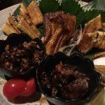 高田馬場駅徒歩5分×落ち着いた店内でのんびり色々なウナギ料理を楽しめる「鰻とおでんの店 角家 (すみか)」鰻の六点盛り合わせ