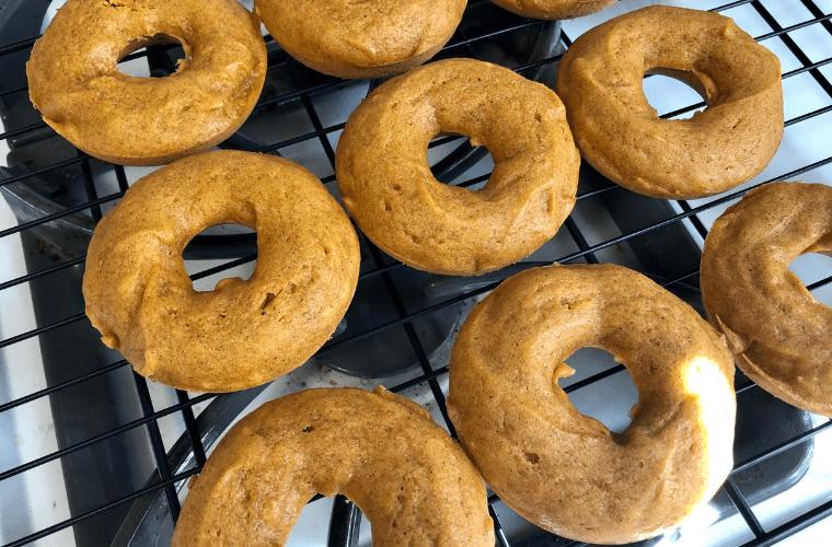 pumpkin-donut-3