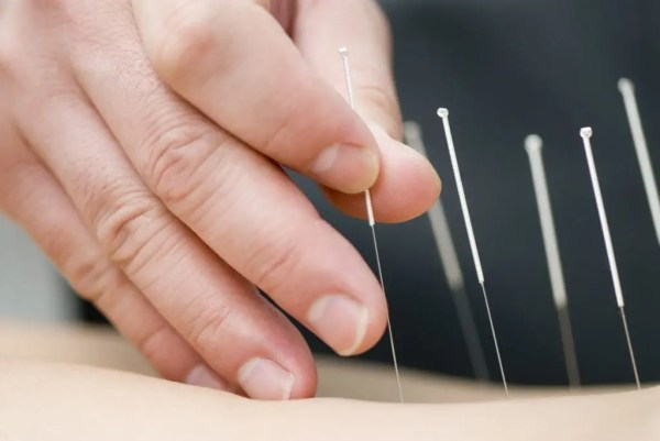Pain Treatment and Alternative Medicine for Pain Management Can Reduce Opioid Addiction