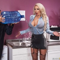 Water Cooler Cock with Nicolette Shea & Tyler Nixon