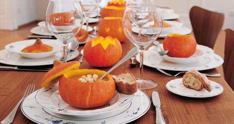 Decorar tu mesa de halloween con calabazas 1748 for Como decorar una calabaza original