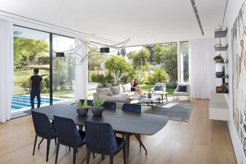 LB House by Shachar Rozenfeld Architects, comedor