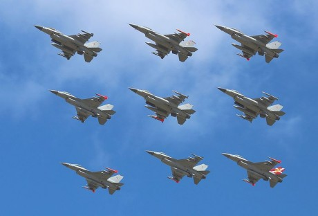 f-16s-photo-by-slaunger-460x312
