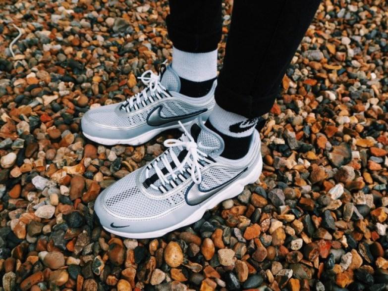 Kitty Cowell - Nike oversize sneakers old school - Nike Spiridon