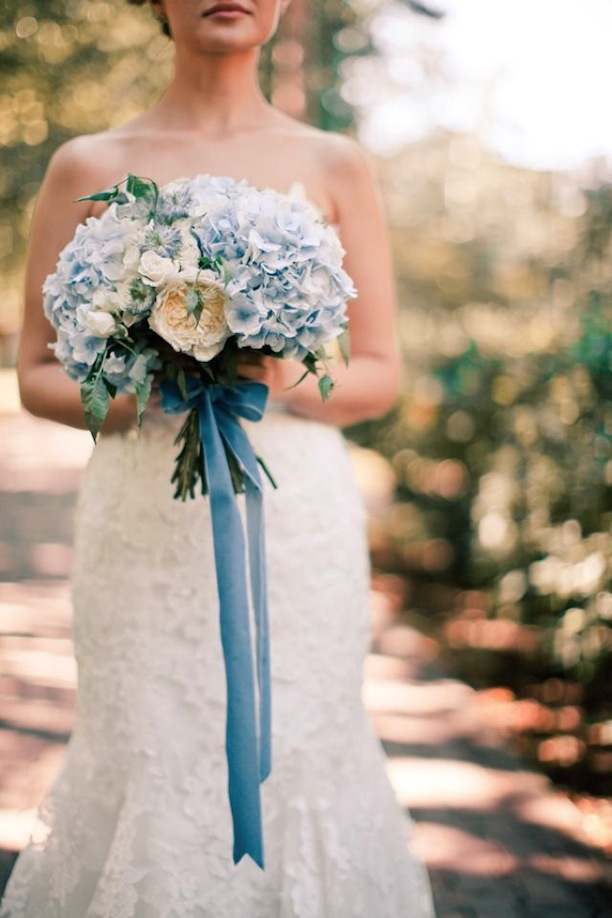 Add A Little Romance To Your Wedding Bouquet With This