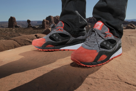 Saucony Shadow 6000 Life on Mars Pack_42