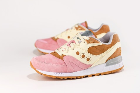 Saucony Shadow Master Space Snack x Extra Butter_41
