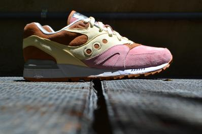 Saucony Shadow Master Space Snack x Extra Butter_51
