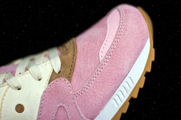 Saucony Shadow Master Space Snack x Extra Butter_65