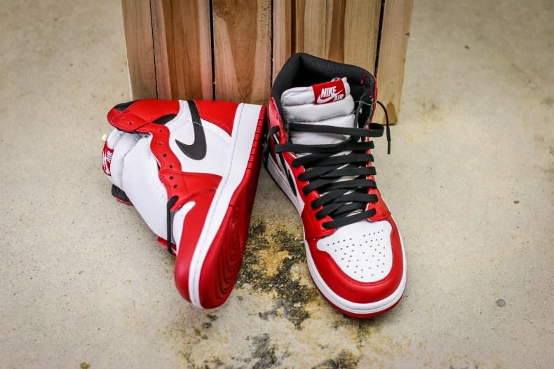 Air Jordan 1 Retro OG Chicago_09