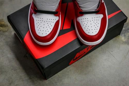 Air Jordan 1 Retro OG Chicago_15
