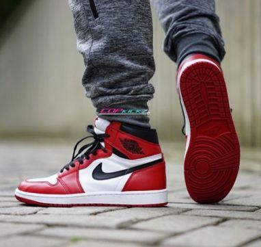 Air Jordan 1 Retro OG Chicago_21