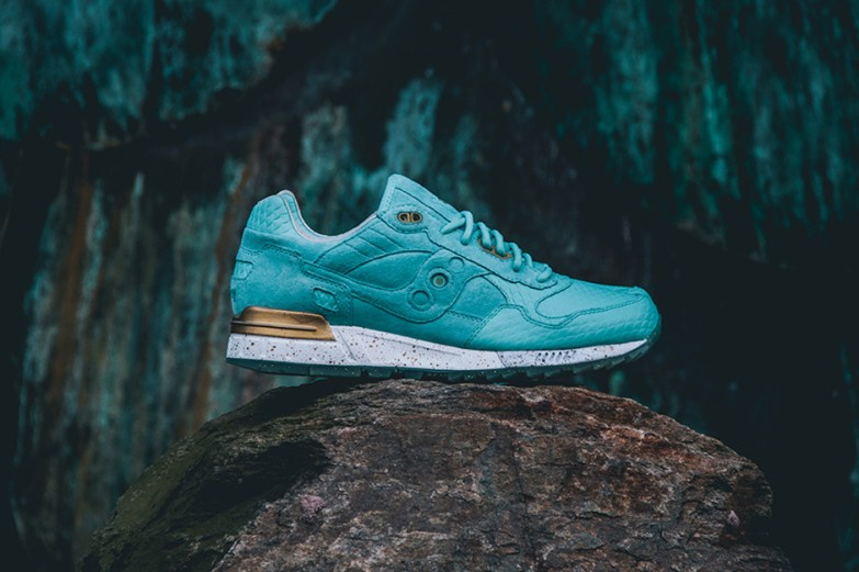 Saucony Shadow 5000 Righteous One x Epitome_01