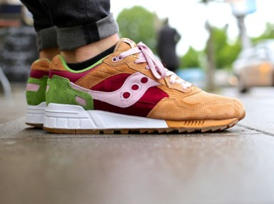 Saucony Shadow 5000 Burger x END_116