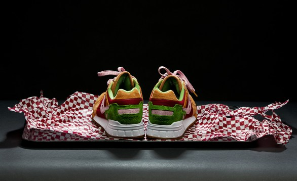Saucony Shadow 5000 Burger x END_140