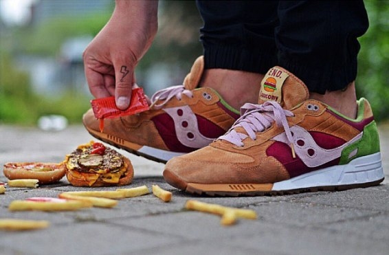 Saucony Shadow 5000 Burger x END_143