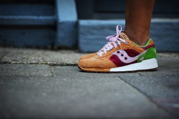 Saucony Shadow 5000 Burger x END_152