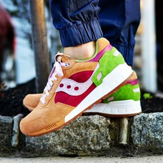 Saucony Shadow 5000 Burger x END_162