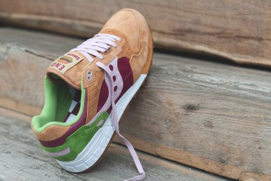 Saucony Shadow 5000 Burger x END_71