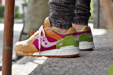 Saucony Shadow 5000 Burger x END_77
