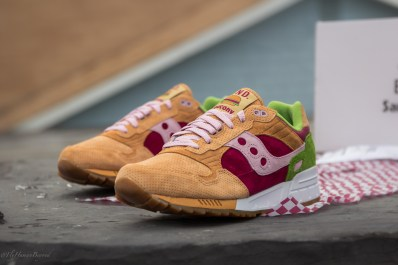 Saucony Shadow 5000 Burger x END_80