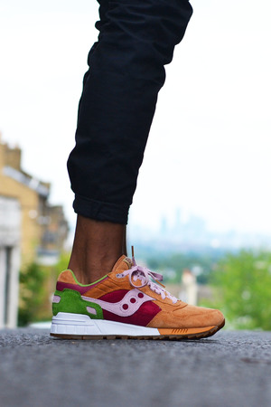Saucony Shadow 5000 Burger x END_99
