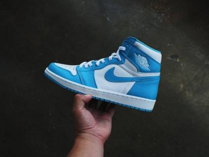 Air Jordan 1 High UNC Powder Blue_36