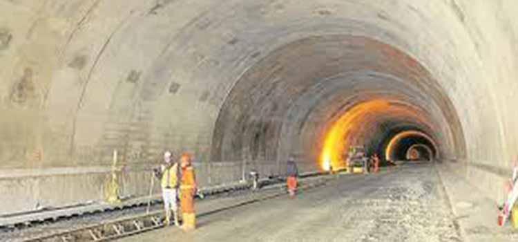 Obras del Túnel de La Línea por encima del cronograma