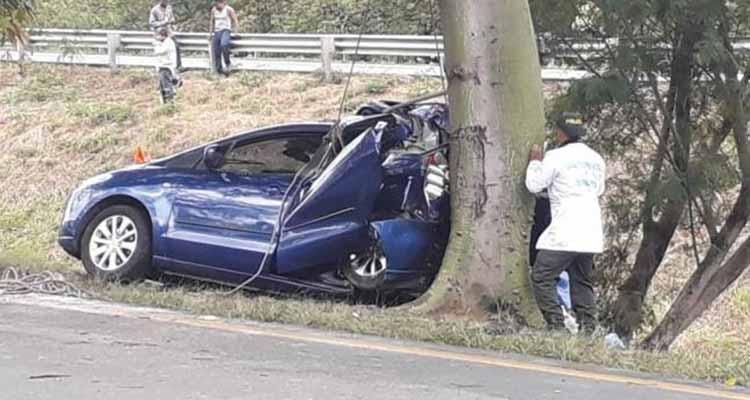 Calarqueña murió en aparatoso accidente vía a Buga