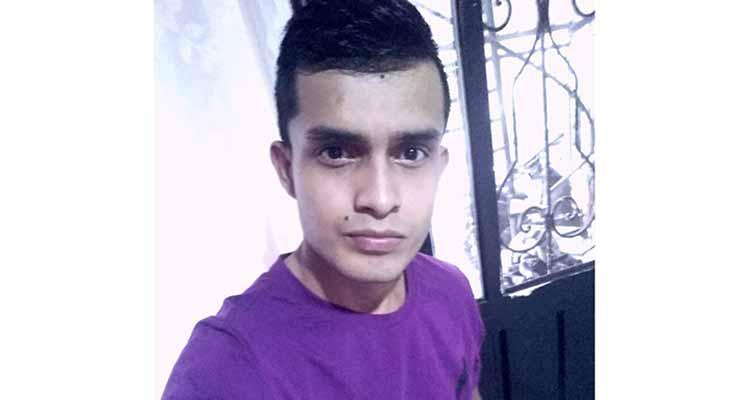 Cristian Felipe asesinado mientras conducía su moto en Armenia