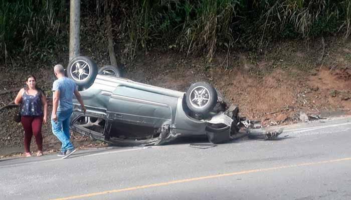 accidente vía Armenia - Montenegro