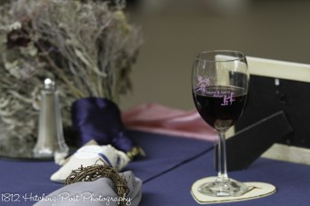 Custom wine glass and rustic napkin rings