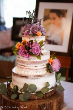 Lilac and tangerine on cake