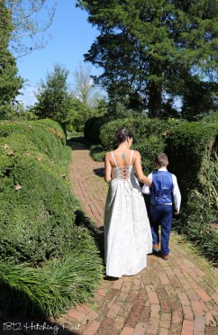 Family Elopement 1812 Hitching Post-2