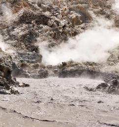 a long dormant volcano is rumbling below naples should we be scared  [ 1028 x 770 Pixel ]