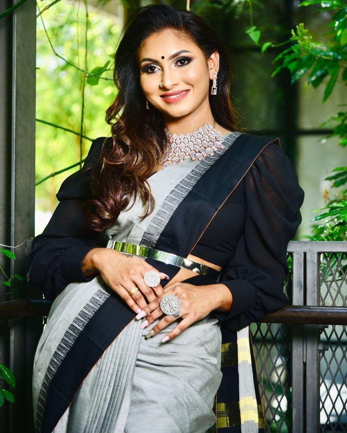 Nadia confirmed in 'Bigg Boss 5'? - Try the shock d