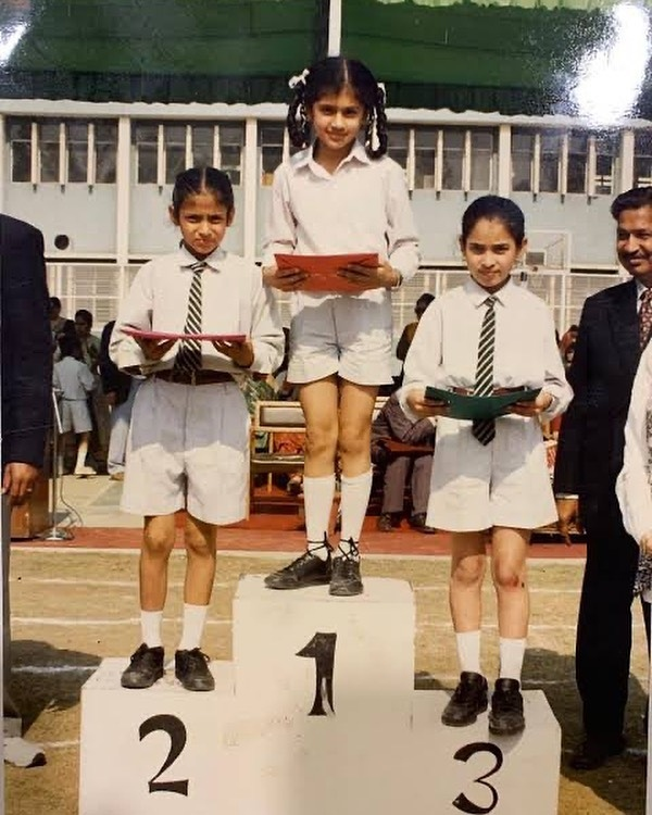 Are you able to guess who this prime actress is from her faculty photograph?