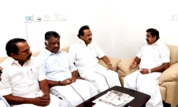 Tamil Nadu Politics continues to go away from CM EPS