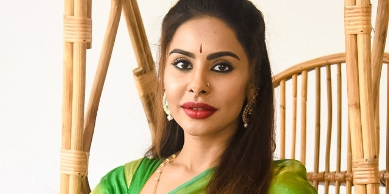 Sri Reddy faces arrest for actress and dance master video? - Tamil News - IndiaGlitz.com