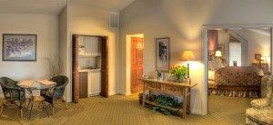 Pine-Ridge-Inn-central-oregon-lodging-romantic-boutique
