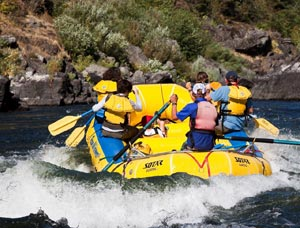things-to-do-oregon-southern-merlin-wild-rogue-rafting-outdoor